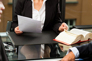 Обжалование решений об отказе в государственной регистрации прав на недвижимое имущество
